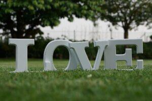 """Powiedz """"Kocham Cię"""" w różnych językach…"""